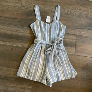 NWT Windsor Linen Blue and White Romper Size XS